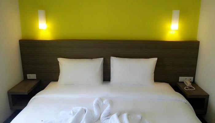 IZI Hotel Bogor - Superior King