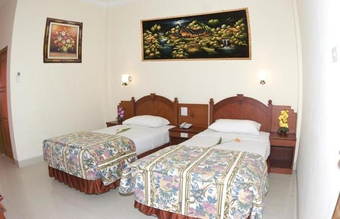 Hotel Nusantara Syariah Lampung - Room