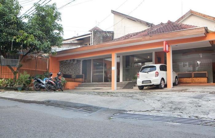 RedDoorz near RS Hermina Pasteur Bandung - Eksterior