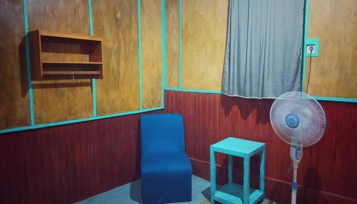 Bunda House Padang - ruang tamu