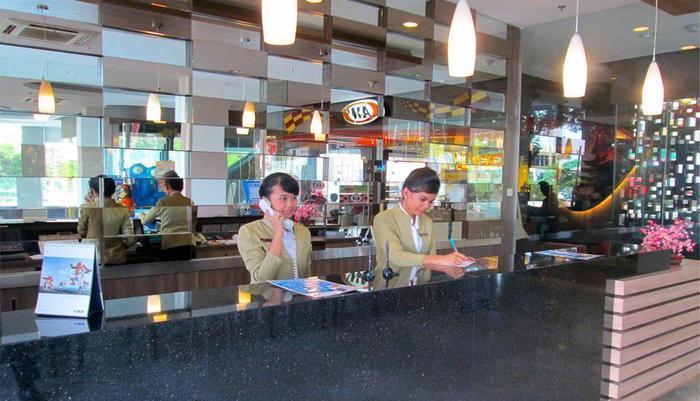 Hotel 61 Medan - RESEPSIONIS