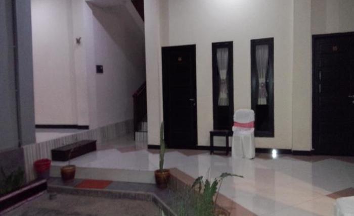 Jaya Phita Guest House Kupang - Interior