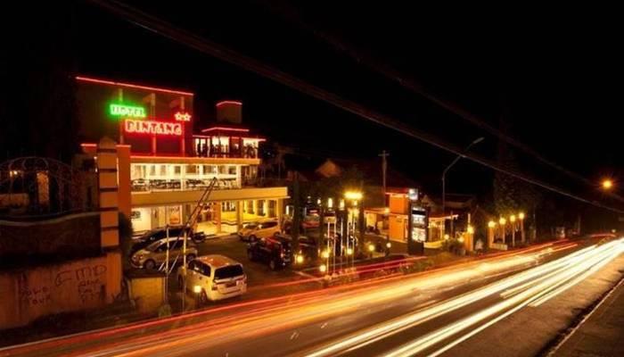 Hotel Bintang Tawangmangu - Tampilan Luar Hotel