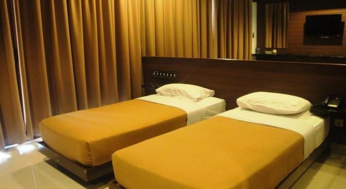 Hotel Bintang Tawangmangu - Guest room