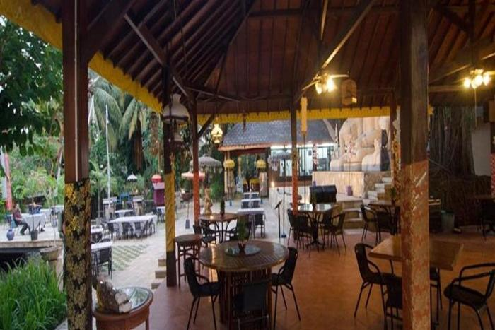 Lorin Dwangsa Solo Hotel Solo - Restoran