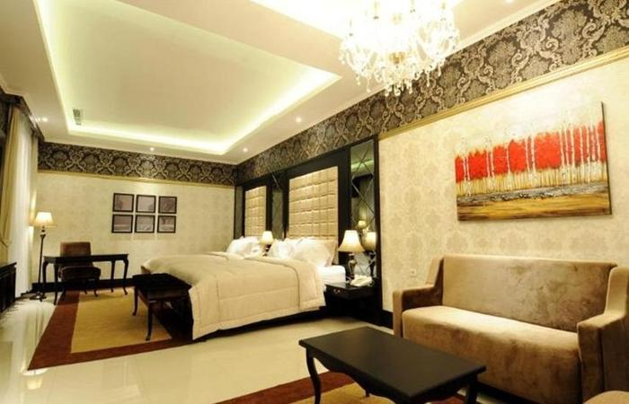 Liz Palace Inn Bandung - Kamar Family Suite