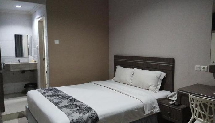 LJ Hotel Sriwijaya Medan - Kamar Standard