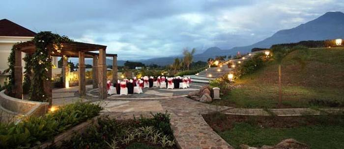 Sutan Raja Hotel  Manado -