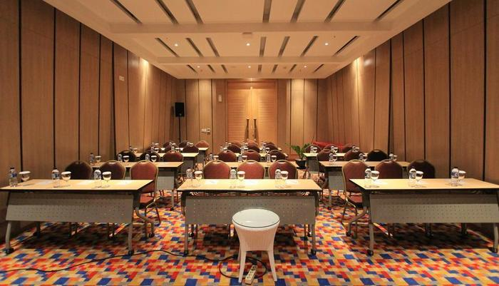 THE 101 Hotel Bogor - Meeting Room