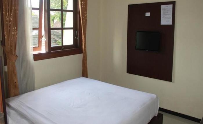 Grand Raggea Hotel Malang - Kamar tamu