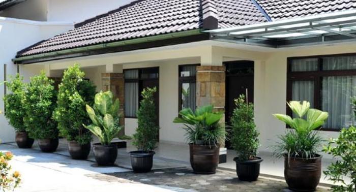 Magnolia Bed & Breakfast Bandung - (27/Jan/2014)