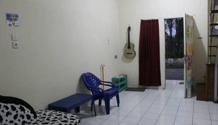 Villa Berastagi Highland Berastagi - ruang tamu
