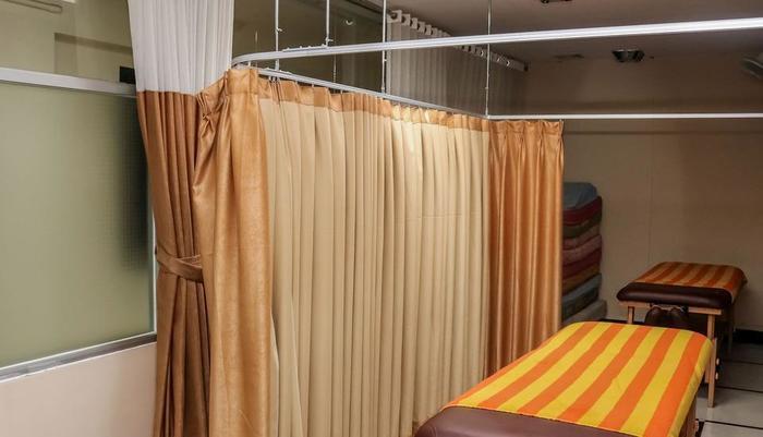 NIDA Rooms Factory Outlets Coblong - Pemijatan