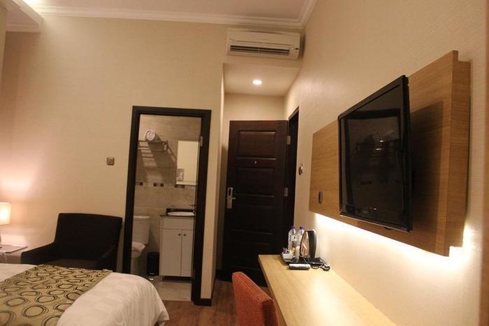 Fontana Hotel Jakarta - Kamar Deluxe