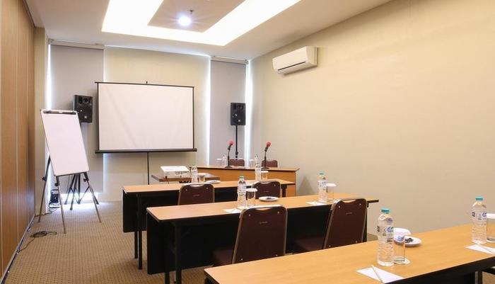 Hotel 88 Tendean - Ruang Rapat