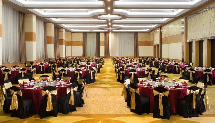 Atria Hotel Magelang - Ballroom