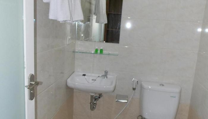 Kanasha Hotel Medan - KAMAR MANDI