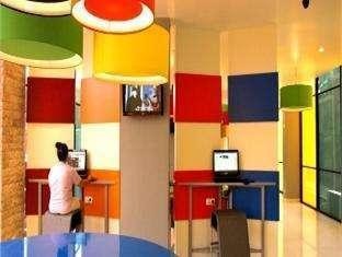 POP Hotel Teuku Umar - Internet