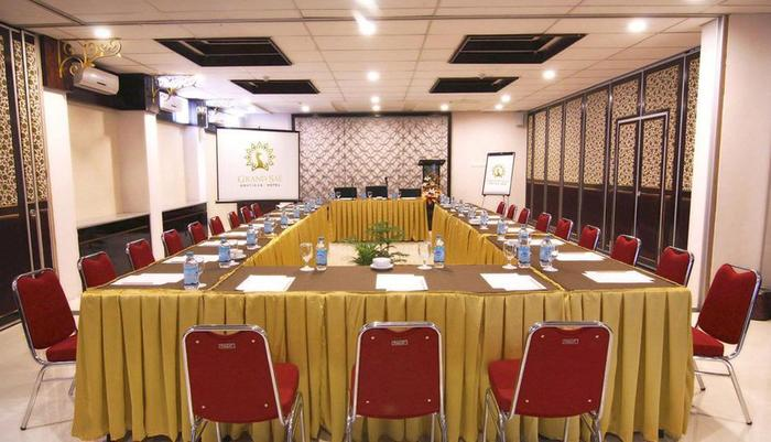 Grand Sae Hotel Solo - Meeting Room