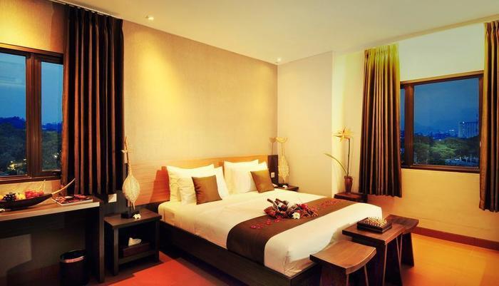 Sukajadi Hotel Bandung - suite bulan madu