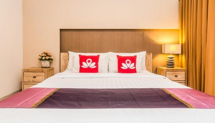 ZenRooms Denpasar Padang Mekar - Tampak tempat tidur double