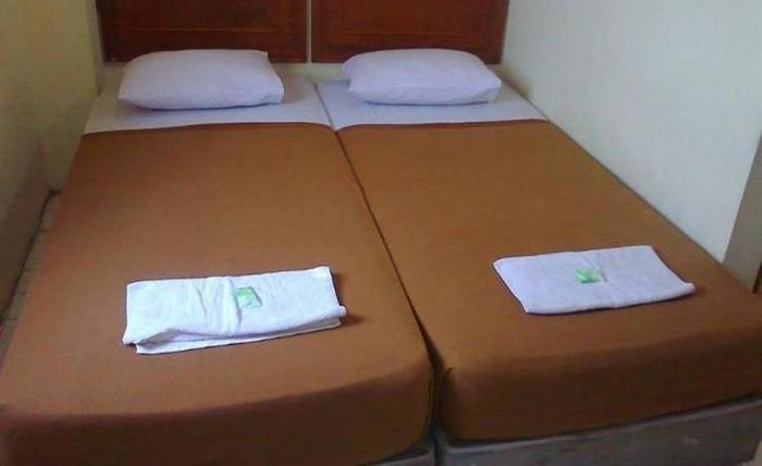 Andalus Hotel Surabaya - Kamar tamu