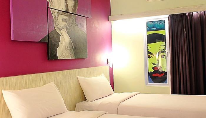 Fame Hotel Batam Batam - Kamar tamu