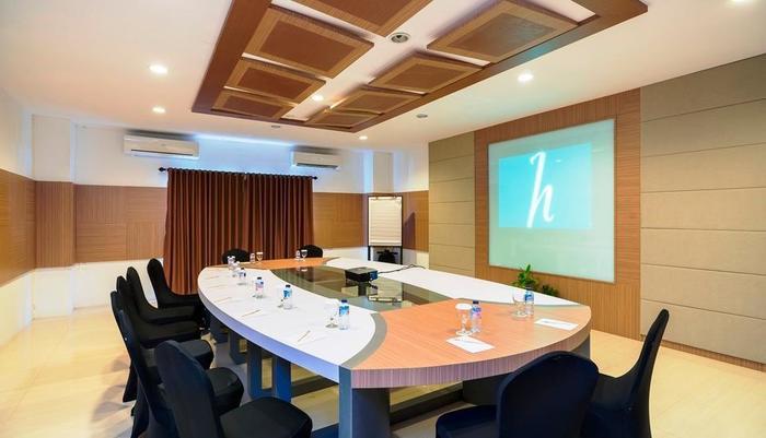 Hotel Tirta Sanita Kuningan - ruang pertemuan