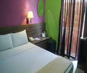 Bunga-Bunga Hotel Jakarta - Kamar Deluxe