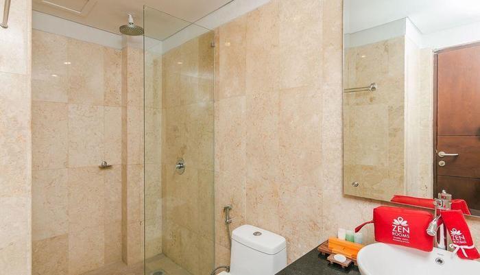 ZEN Premium Seminyak Drupadi 3 Bali - Kamar mandi