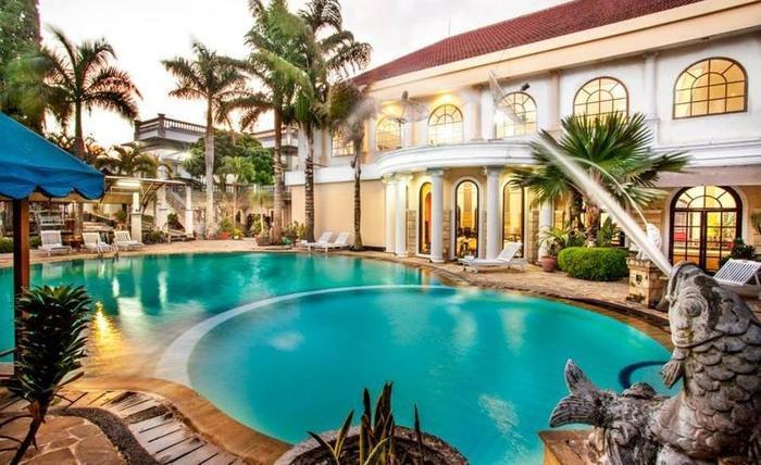 Hotel Batu Permai Malang - Kolam Renang