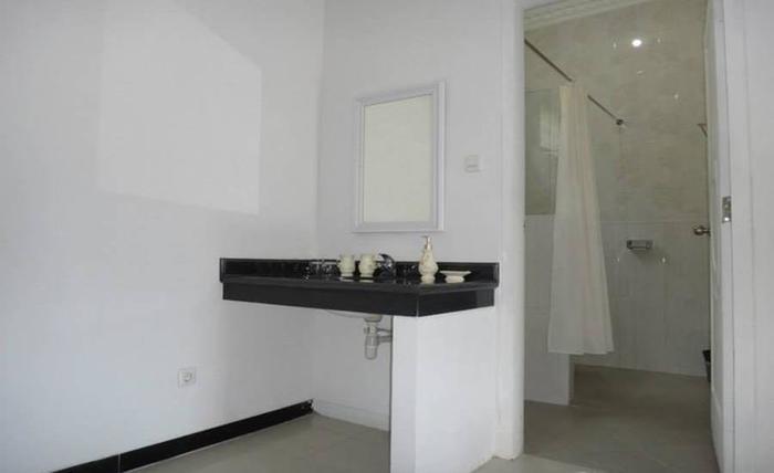 Hotel Batu Permai Malang - Kamar mandi
