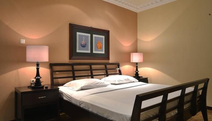 Hotel Batu Permai Malang - Kamar superior yang mewah dengan suasana yang tenang, membuat istirahat Anda dalam kenyamanan ekstra