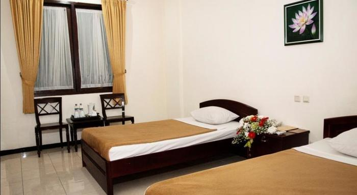 UB Hotel Malang - Rooms