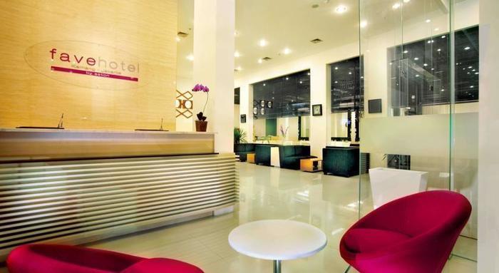 favehotel Kemang - Receptionist