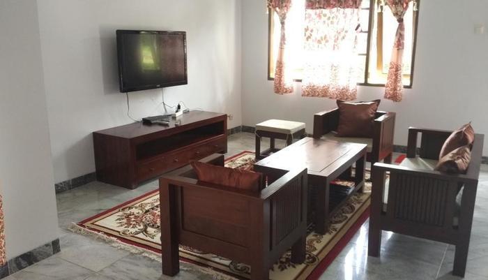 Villa Sabrina Bumi Ciherang Cianjur - 19