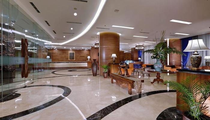 The Alana Yogyakarta Hotel Yogyakarta - Lobby