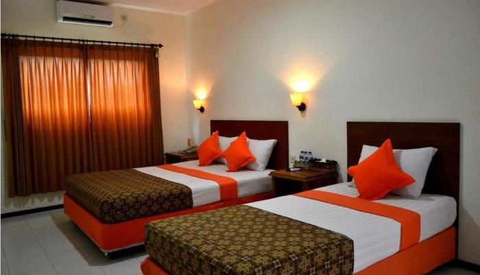 Helios Hotel Malang - Deluxe Family 2