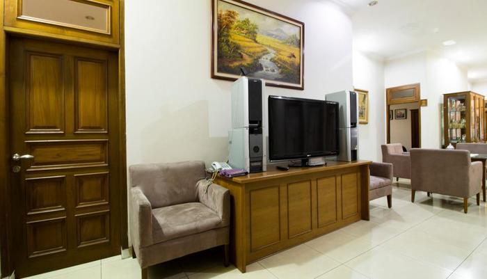 RedDoorz @Gegerkalong Hilir Bandung - Interior