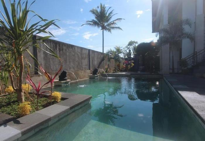 Yuliati Villa Kutuh Bali - Pool