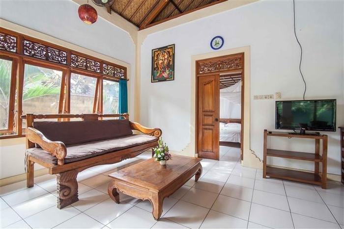Mahalini Villa Seminyak - Ruang santai