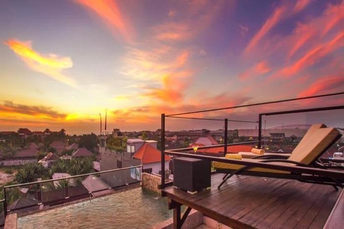 Seminyak Sky Suites & Spa by L'Occitane Bali - balkon