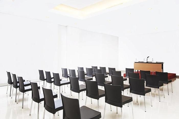 Amaris Muara Bungo Jambi - Ruang Rapat