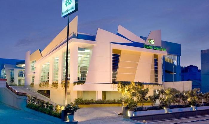 Hotel Santika Bangka - Exterior Hotel.