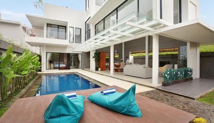 Bellevue Heritage Villas Bali - Kolam Renang