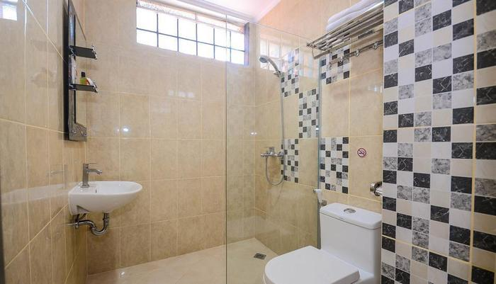 ALQUEBY Hotel Bandung - Bath Room