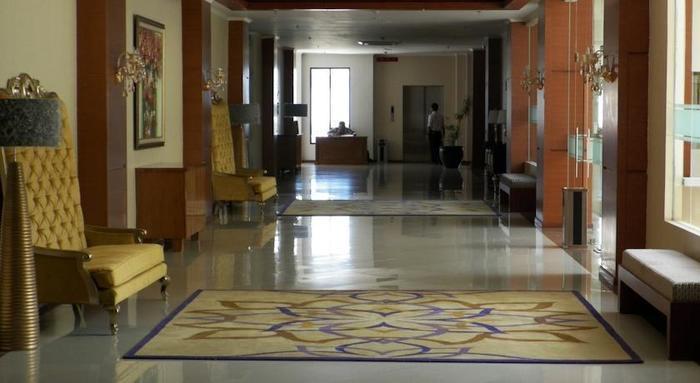 Sutan Raja Hotel Bandung - Koridor