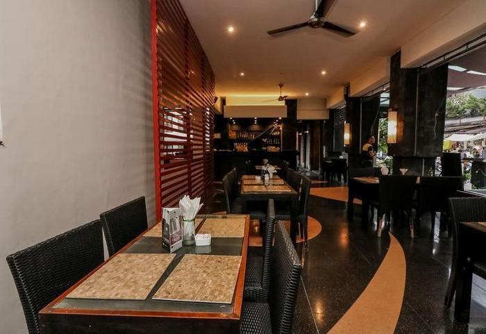 NIDA Rooms Padma Kuta Badung - Restoran