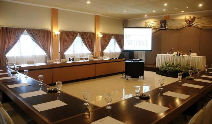 Puri Indah Inn Yogyakarta - Meeting Room