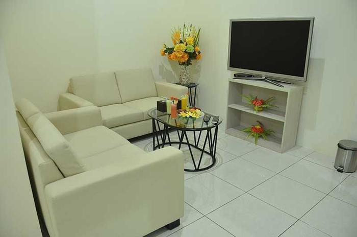 Hotel The Radiant Cirebon - Family Room Area